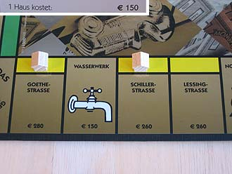 monopoly deluxe edition brettspiele report. Black Bedroom Furniture Sets. Home Design Ideas
